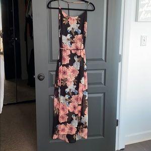 Maxi floral dress.